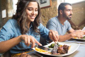 Manger sainement au restaurant : les erreurs à ne pas faire